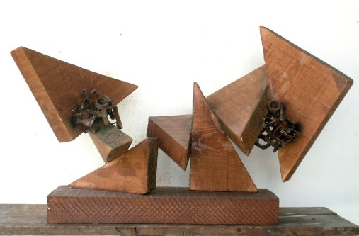 Formation of Space II (Wood and Metal, 55x40x30cm, 2002)