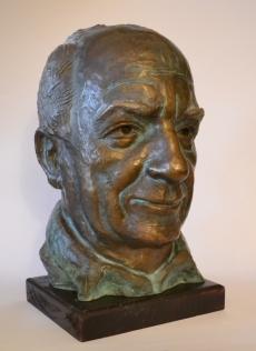 Ivan Bekjarev (Bronze, 43x38x24cm, 2015)