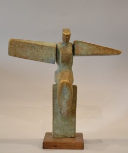 The Wings Are Heavy (Bronze, 30x32x12 cm, 2020)