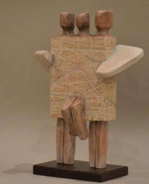 Family (Wood 37x15x27 cm, 2021)